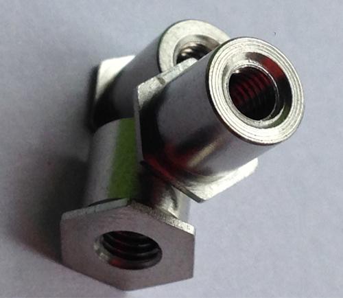 PEM不锈钢压铆螺柱